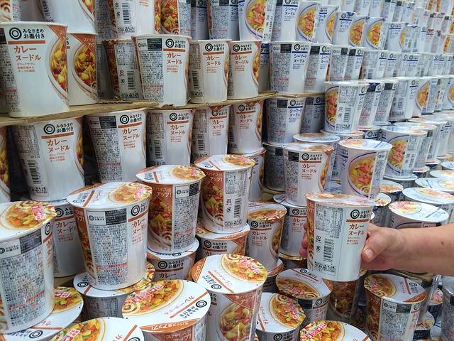 cup-noodle-1706149_640